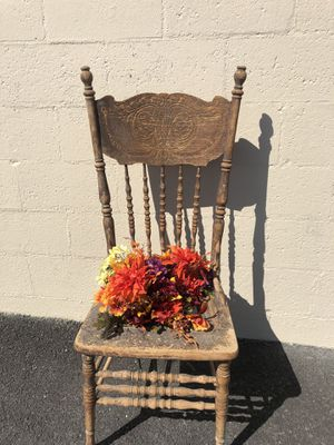Decorative chair for Sale in Payson, UT