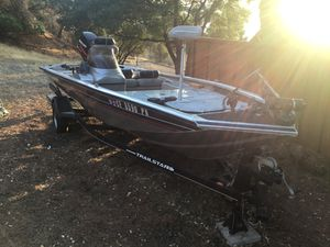 Bass Tracker Pro Team 175, 2001 with 2003 60hp Mercury 4stroke outboard for Sale in Clearlake, CA