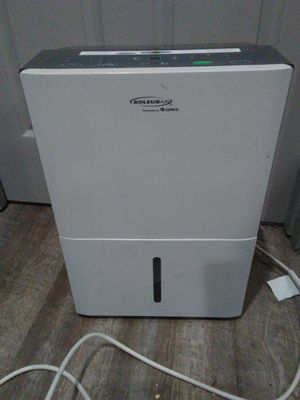 Humidifier ** needs tlc**. for Sale in Dallas, TX