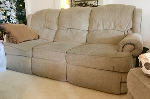 Couch & 2 rocker recliner set for Sale in Santa Ana, CA