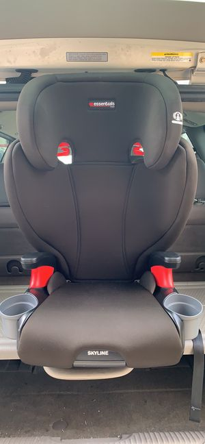 Britax Skyline Booster Carseat for Sale in Cape Coral, FL