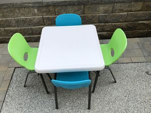 Lifetime kids table and chairs from Costco for Sale in Everett, WA
