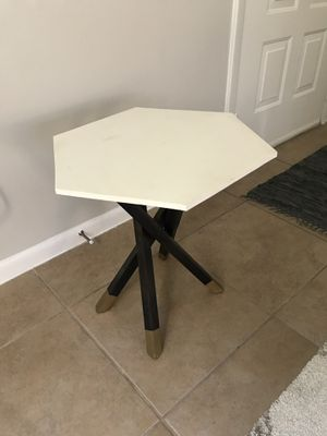Handmade Up-cycled End Table for Sale in Fort Lauderdale, FL