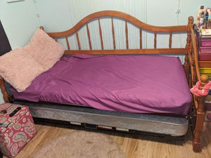 Twin trundle bed for Sale in Orlando, FL