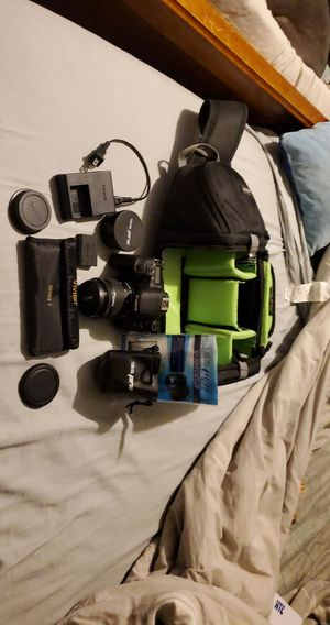 Cannon 77d DSLR for Sale in Columbia, IL