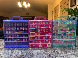 Shopkins w/ carrying case for Sale in Gervais, OR