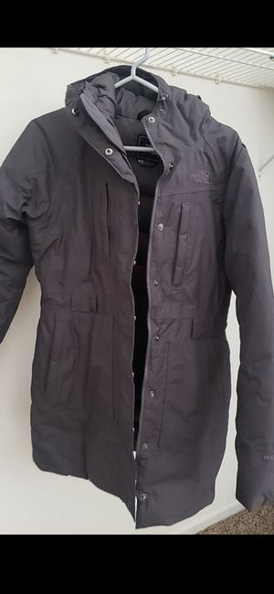 North face Parka( Medium) for Sale in Chicago, IL