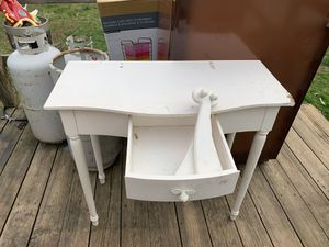 Crafting vanity for Sale in Snow Camp, NC