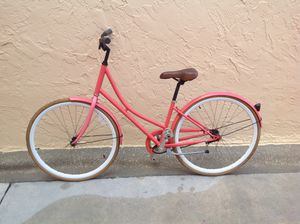 BICYCLE BEACH CRUISE SIZE-700 EXCELLENT CONDITION for Sale in Miami, FL