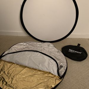 5 in 1 80cm 31.5in Reflector - NEEWER Brand for Sale in San Jose, CA