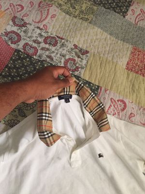 Burberry Shirt Size L 100% AUTHENTIC! for Sale in Miami Gardens, FL