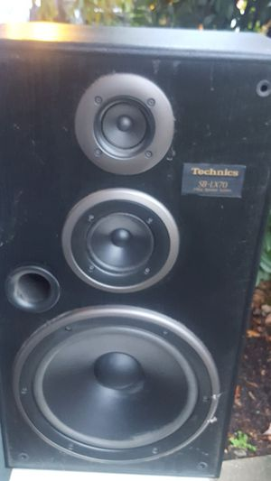 Stereo/home theater speakers for Sale in Tacoma, WA
