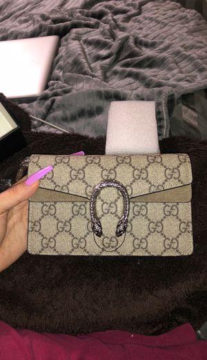 Gucci mini bag for Sale in Miami, FL