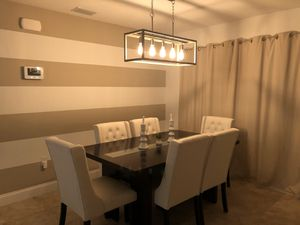 Dining room set - white for Sale in Kissimmee, FL