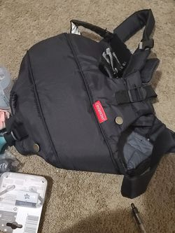 Baby Carrier for Sale in Dinuba,  CA