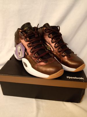 """Reebok question """" Liberty """" aka Hennessy size 11.5 BRAND NEW for Sale in Cleveland, OH"""
