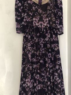 Purple Floral Dress , Size S-M , In Great Condition .pick Up Near Story Rd And King Rd SJ CA 95122 for Sale in San Jose,  CA