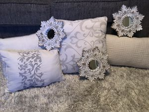 Accent pillows & wall mirrors for Sale in Houston, TX