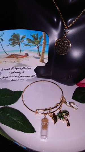 The Summer Of Love & Sun Collection! for Sale in Baton Rouge, LA