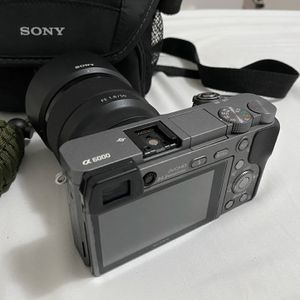 Sony A6000 + Sony 50mm F/1.8 for Sale in Los Angeles, CA