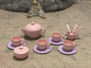 Tea set toy - Pottery Barn Kids for Sale in Miami, FL