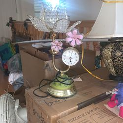 Old Lamp / Clock Vintage for Sale in Hermosa Beach,  CA