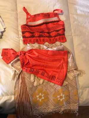 3 piece Moana costume OBO for Sale in Los Angeles, CA