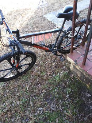 Mongoose Mountain Bike for Sale in Memphis, TN