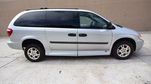 2007 Dodge caravan wheelchair van for Sale in New Albany, OH
