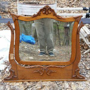 Restored Oaks Victorian dresser mirror for Sale in Stewartsville, NJ
