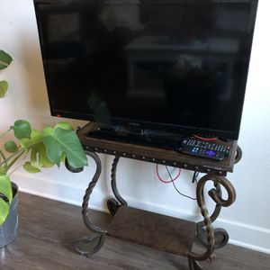 40 Inch Tv for Sale in San Diego, CA