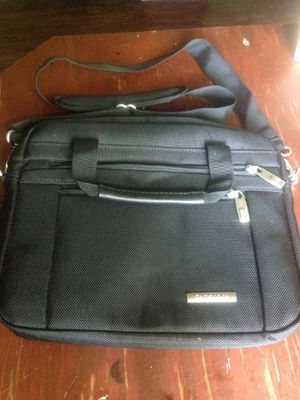 Small laptop/briefcase tote for Sale in Jacksonville, FL