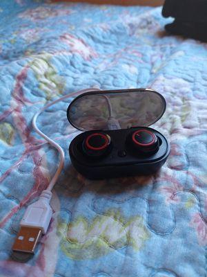 Earbuds true wireless for Sale in Lynwood, CA