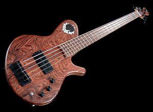 Stambaugh 5 string bass guitar for Sale in Nashville, TN