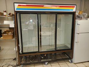 True 3 door commercial fridge for Sale in Paducah, KY