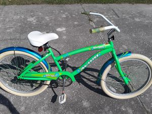"Avigo Maui Miss Beach Cruiser bike with 24"" tires, excellent condition. for Sale in Zephyrhills, FL"