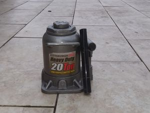 2-Pittsburgh Automatic Heavy Duty 20 Ton Low Profile Bottle Jacks * One missing the handle for Sale in Hernando, MS