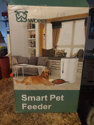 Brand new dog feeder $100 for Sale in Bonney Lake, WA