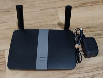 Linksys EA6350 AC1200 Dual-Band Wireless Gigabit Router for Sale in Portland,  OR