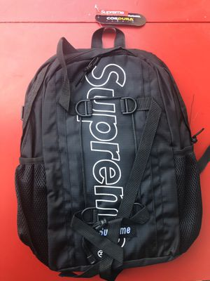 Supreme backpack black new for Sale in Sunnyvale, CA
