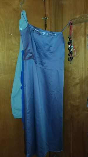 Prom dresses for Sale in Ostrander, OH