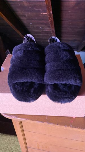 Ugg slides never worn size 8 comes with box for Sale in East Cleveland, OH