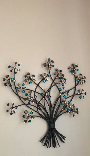 Decorative Wall metal iron flower bouquet for Sale in Sammamish, WA
