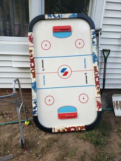 Air hockey table for Sale in Norwich,  CT