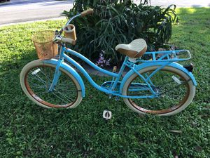 "Huffy Nel Lusso special addition 26"" Beach cruiser. bike. Huffy bike bmx, mountain bike girls bike for Sale in Pompano Beach, FL"