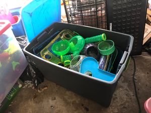 Dwarf hamster or mouse stuff -Kaytee cages and tunnels for Sale in Des Moines, WA