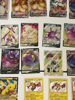31 Shining Fates Pokemon Cards Brand New Includes The Charizard Vmax $750 For Everything for Sale in Lehigh Acres,  FL