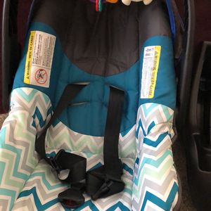 Infant Car Seat - used for Sale in Canal Winchester, OH