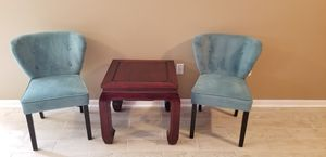 Chairs and End Table for Sale in Ashburn, VA