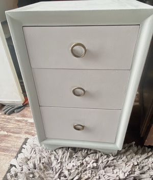Modern antique nightstand(SOLD PENDING pick up) for Sale in Marana, AZ